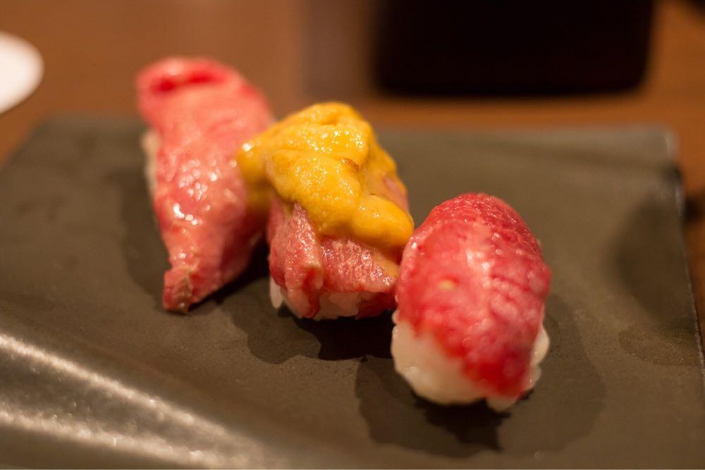 肉寿司三かん